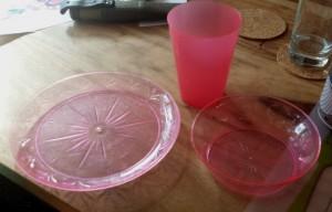 Plastic servies
